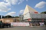 Protesta-Piramide12