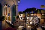 Tassa di soggiorno: è scontro sugli aumenti per gli alberghi di ...
