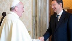papa-francesco-e-sindaco-marino-599x300