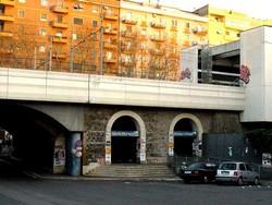 Metro roma san paolo esterno